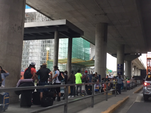 Uber Approved Cars >> Taxi stands and queues at NAIA Terminal 3 « Caught (up) in ...